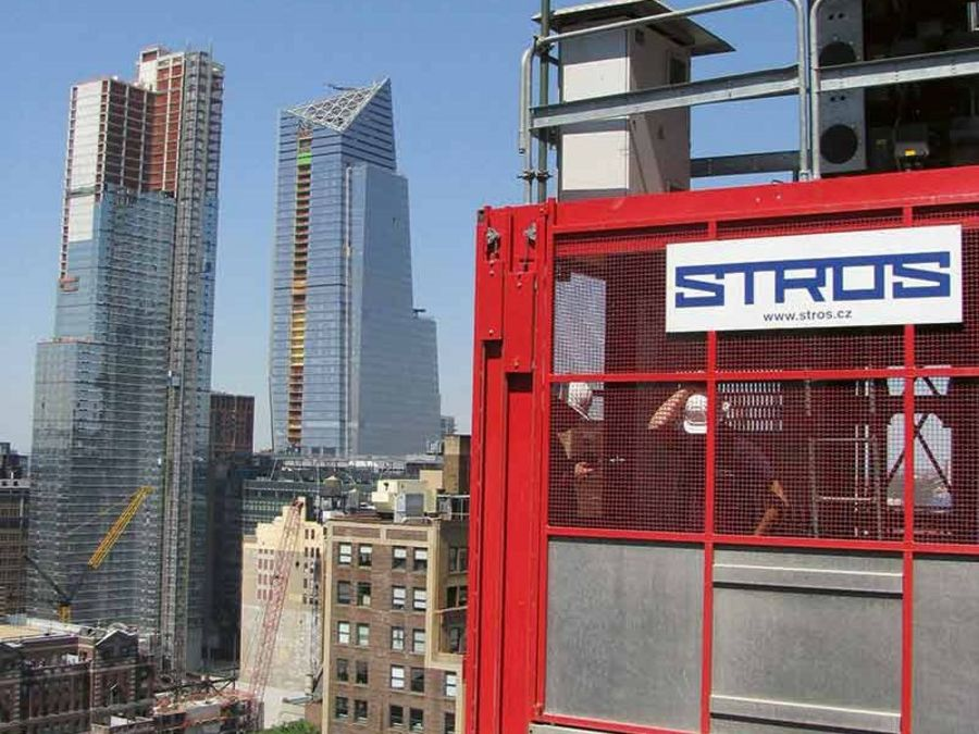 Stros contstruction hoist in New York