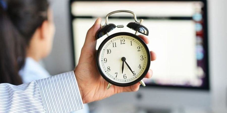 Tips for better time management Adobe Stock #212752690