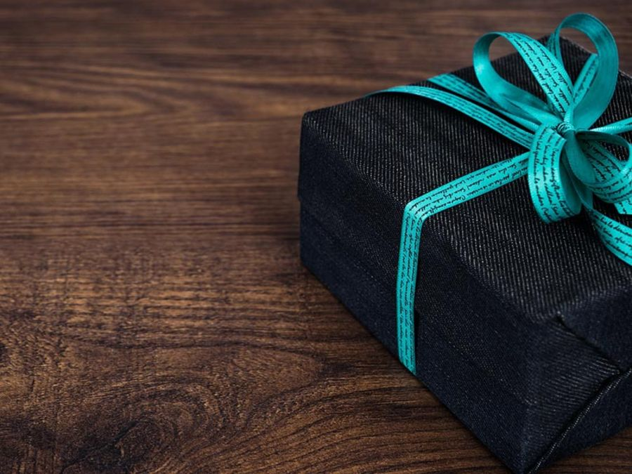 Customer gifts for the holidays: the best ideas