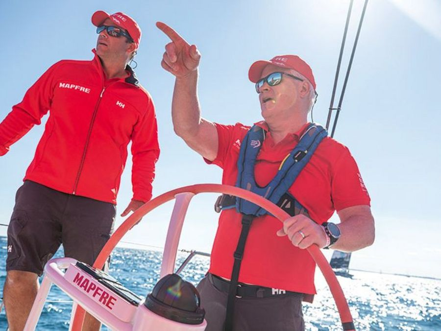 helly-hansen-sailing-gear