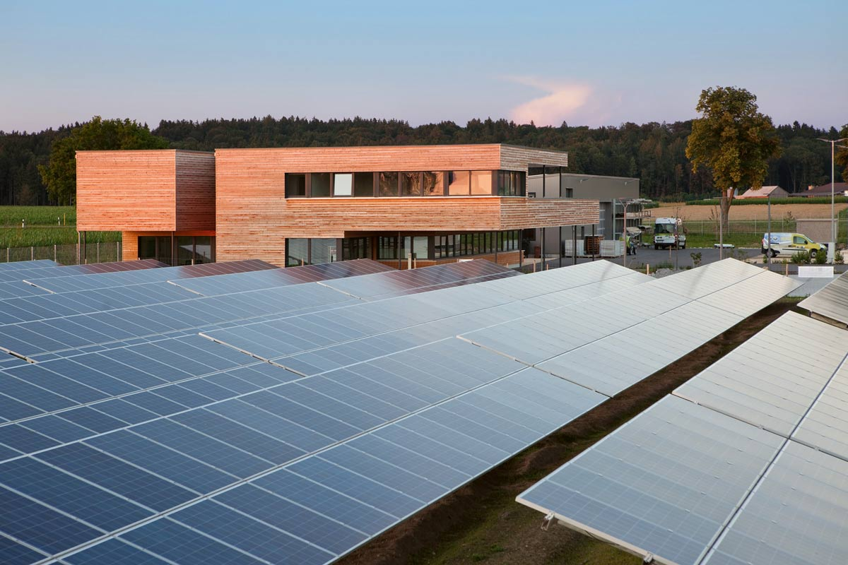 ... With Its Innovative Photovoltaic Solutions, Actensys Is Making An  Important Contri  Bution To Achieving The Energy Turnaround N A E P O R U E  Business