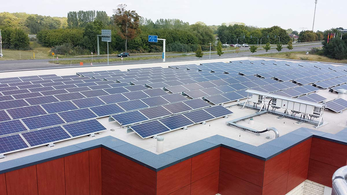 Photovoltaic Installation Using The SolaRoof Assembly System