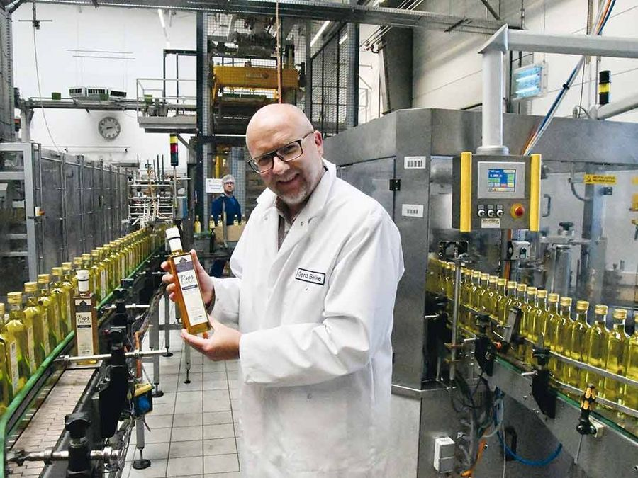Heart-healthy oils produced in an environment-friendly process
